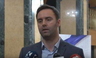 """""""Haradinaj nuk mund të del nga grushti i Thaçit dhe xhepi i Veselit"""""""
