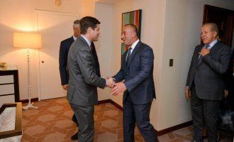 Haradinaj në takim me Mitchell: Askush nuk humb me anëtarësimin e Kosovës në INTERPOL