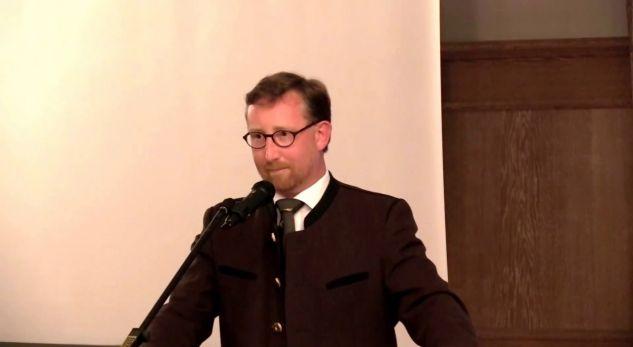 I quajti shqiptarët hajdutë, reagime të ashpra kundër politikanit ekstremist gjerman