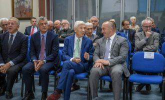 Thaçi e Haradinaj bashkë te Nexhat Daci