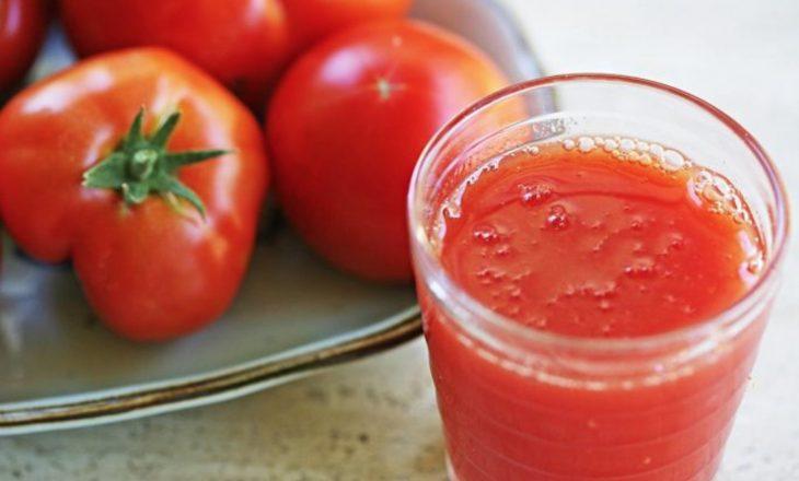 Lëngu i domates kurues për shumë sëmundje