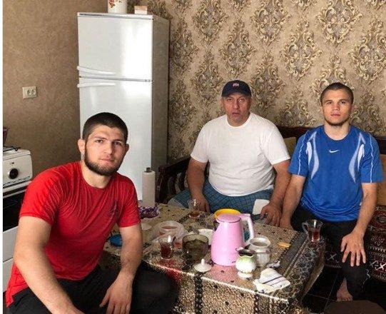 Dallimet e shtëpive të Nurmagomedov dhe McGregorit, si nata me ditë