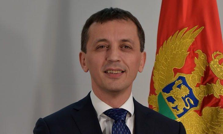 Ministri i Mbrojtjes së Malit të Zi viziton FSK-në