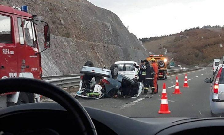 Policia jep detaje për aksidentin në autostradë
