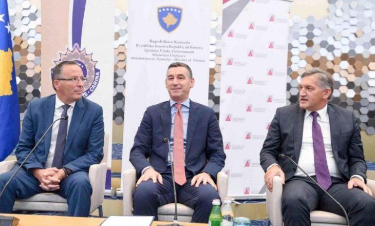 Kadri Veseli tregon nëse do të dorëhiqen ministrat e PDK-së