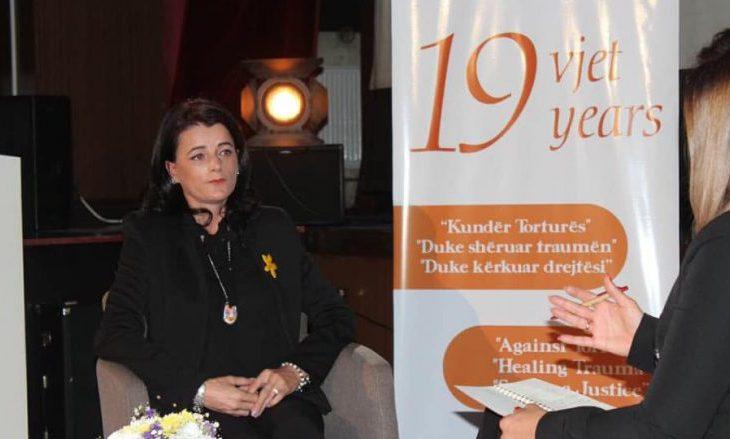 Vasfije Krasniqi dekorohet me Medalje presidenciale