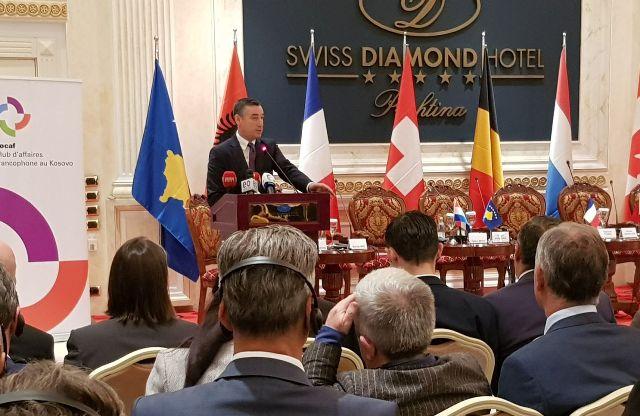 Veseli kërkon përkrahjen e Francës për liberalizim të vizave