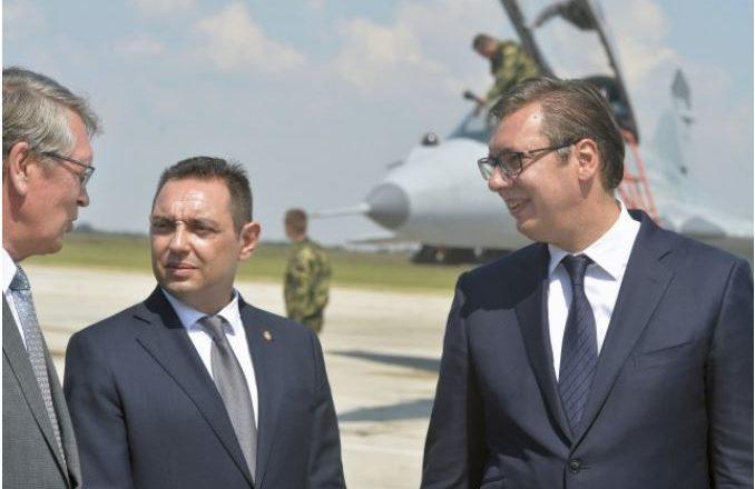 Serbia i reagon Malit të Zi pas vendimit për të votuar pro Kosovës në Interpol