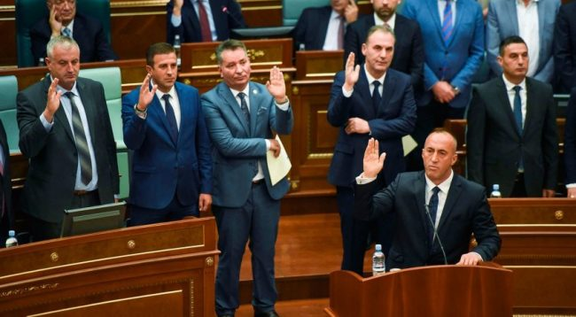 Deputeti i LDK-së thotë se nuk e rrëzojnë Qeverinë me votat e Listës Serbe