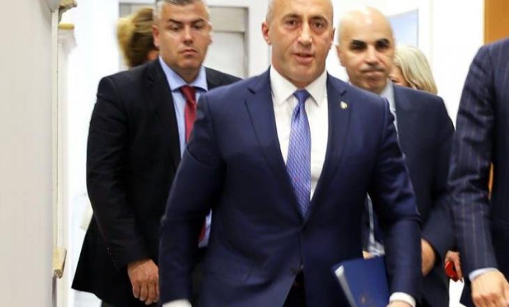 Haradinaj 'tollovit' UP-në për ta regjistruar djalin e këshilltarit në Fakultetin e Mjekësisë