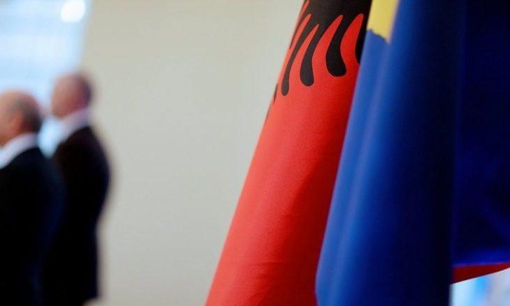 Rukiqi tregon për barrierat ekonomike mes Kosovës dhe Shqipërisë