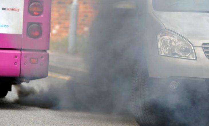 Familjet britanike po zhvendosen nga qytetet për shkak të ajrit të ndotur
