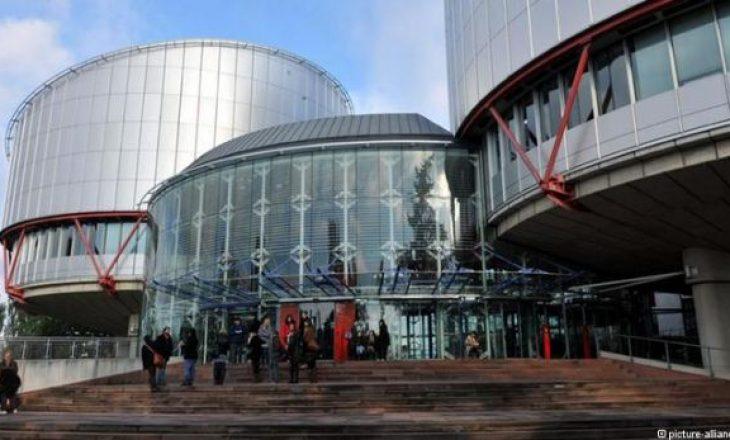 Greqia dënohet për dhunën e ushtruar ndaj të burgosurve shqiptarë