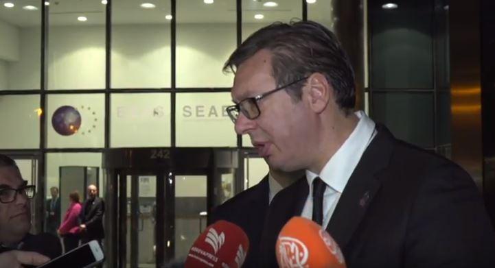 Reagimi i Vuçiqit kur pyetet nëse do kërkojë falje për viktimat e dhunës seksuale nga lufta
