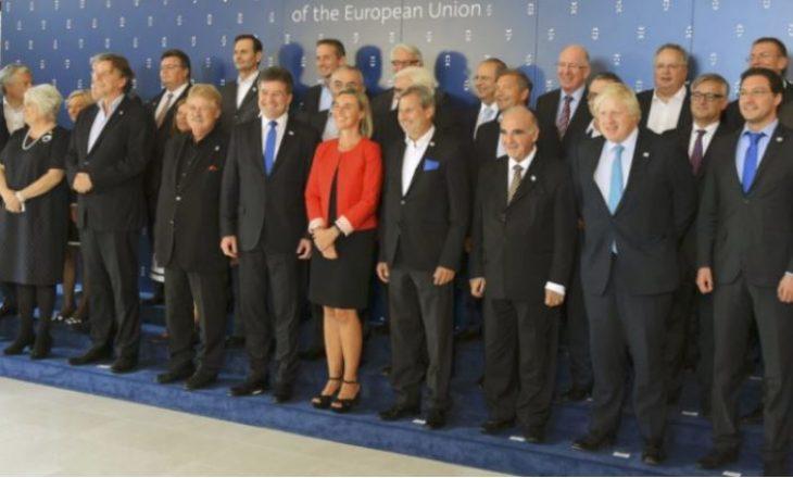 Këshilli i Ministrave në Bruksel nesër diskuton për taksën ndaj Serbisë dhe FSK-në