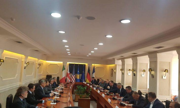 Nis takimi i ambasadorëve të QUINT-it me liderët shtetëror për dialogun