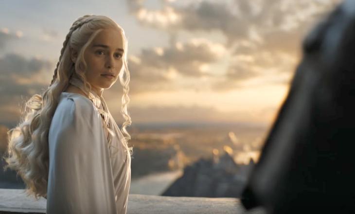 """Nga dragonjtë te Elfët, Emilia Clark në """"Last Christmas"""""""