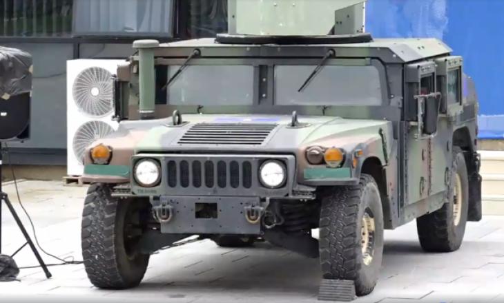 """Fuqia e """"Humvee"""", automjeteve ushtarake që do t'i përdorë Ushtria e Kosovës"""