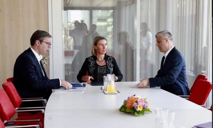 """Mediat serbe """"zbulojnë"""" formatin e ri të dialogut Kosovë-Serbi në vitin 2019"""