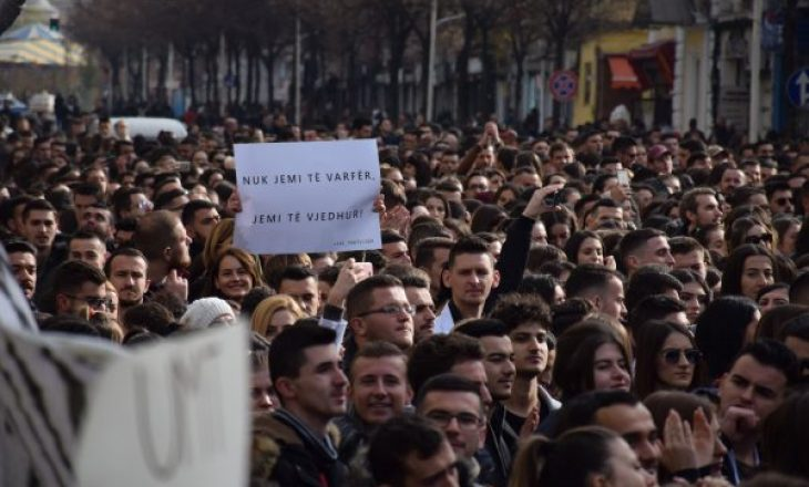 Protestë në Tiranë dhe Beograd – a po hyn Ballkani në një krizë politike
