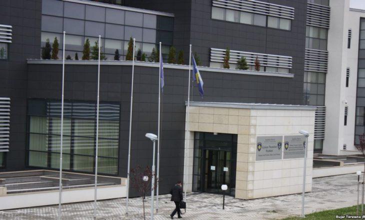 Ndalohen për 48 orë personat që rrahën djalin e politikanit serb Nenad Rashiq