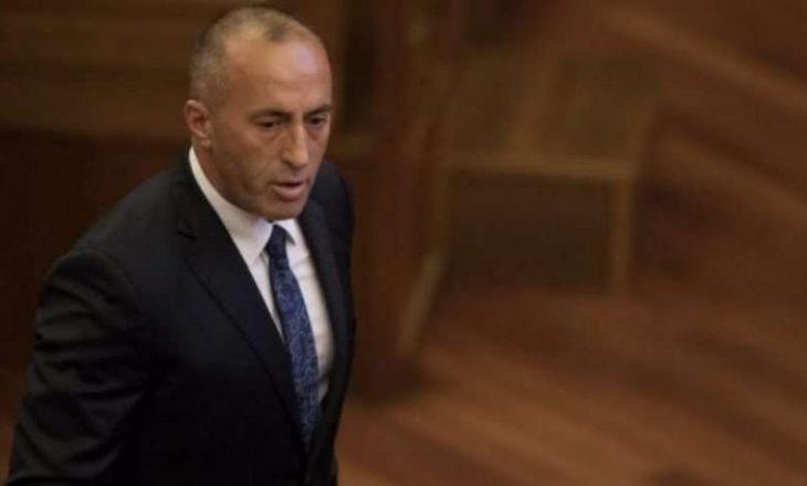 """Haradinaj thotë se Serbia po planifikon """"vdekje natyrore"""" kundër taksës 100%"""