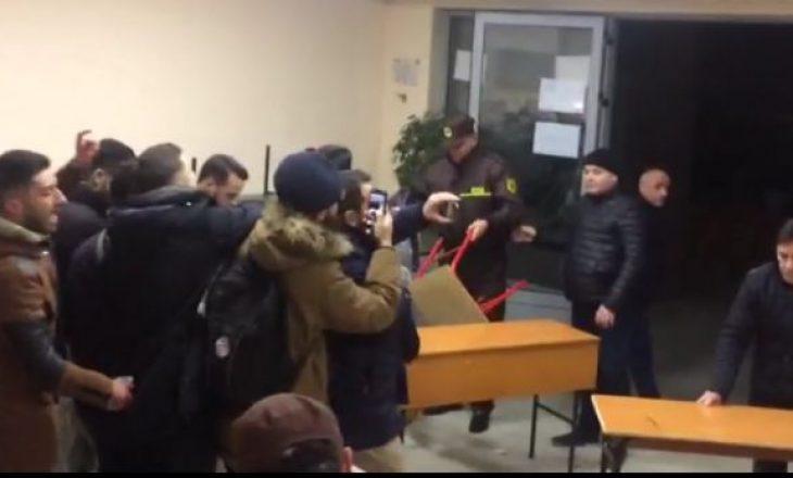 Policia dhunon studentët, Rama: Janë zaptues të universitetit