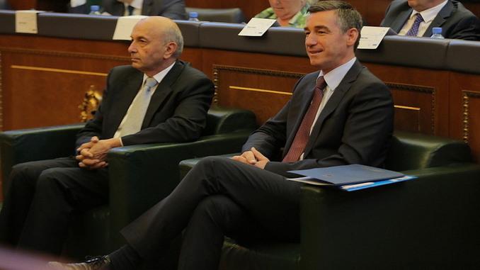 A u koordinuan PDK LDK për rrëzimin e qeverisë Kurti   flet Kadri Veseli