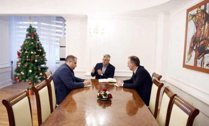 Thaçi nuk e ka përfillë urdhërin e Shpend Ahmetit për dokumentet rreth dialogut