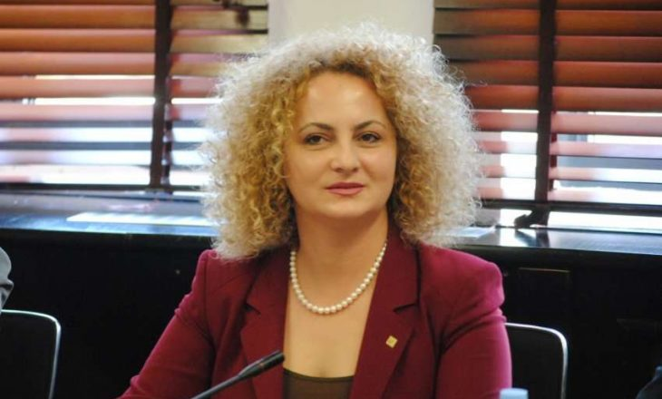 Donika Kadaj deklarohet për shtesat e fëmijëve, sqaron ligjin për shtresat përfituese