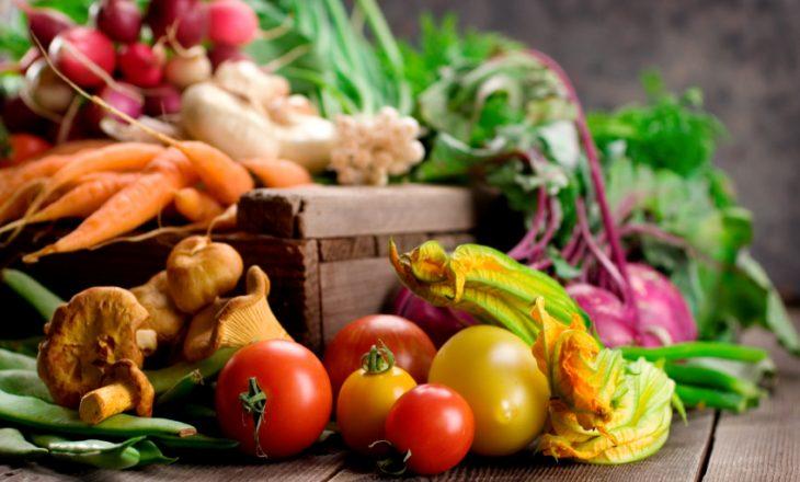 Ushqimet që ju nevojiten për këto ditë të ftohta