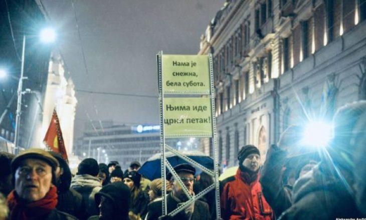 Opozita në Serbi përsëri protesta kundër Vuçiqit