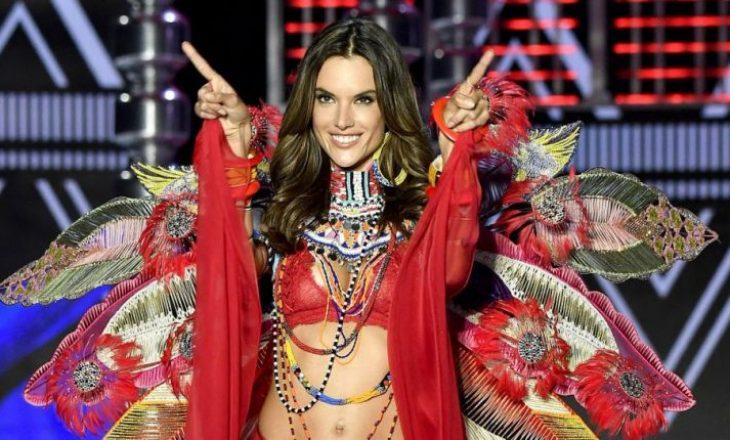 Modelja e Victoria Secret pozon me fustanet e stilistes shqiptare (FOTO)