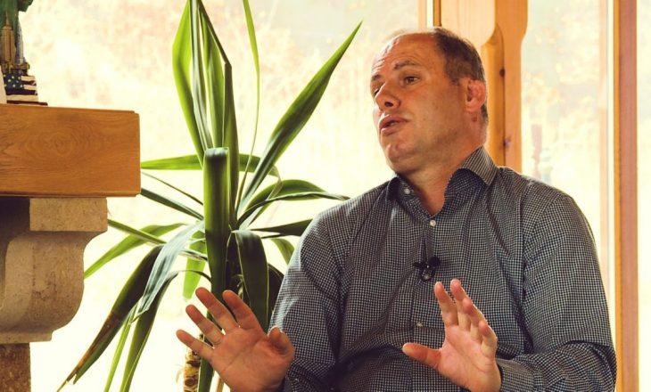 Ramiz Lladrovci: PDK ta ndihmojë qeverinë, por të mos futet ne qeveri