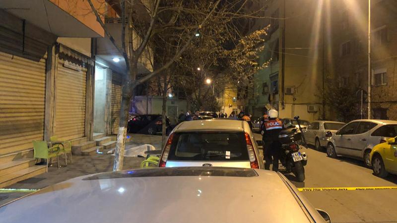 Vrasje me armë pranë stadiumit  Selman Stermasi