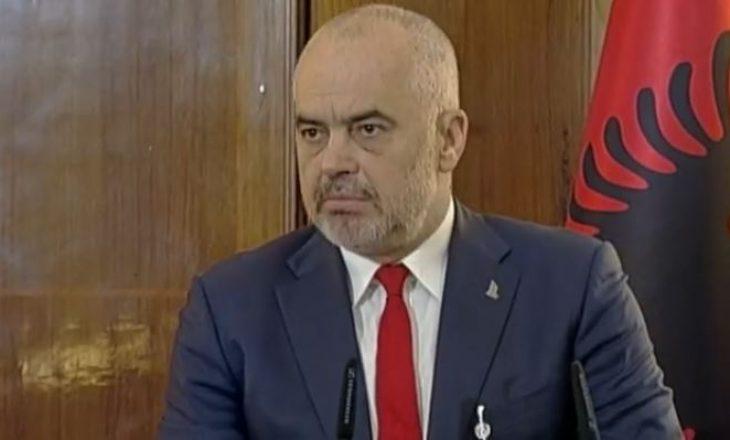 Deputeti i LDK-së thotë se politika e Shqipërisë po afrohet me atë në Serbi