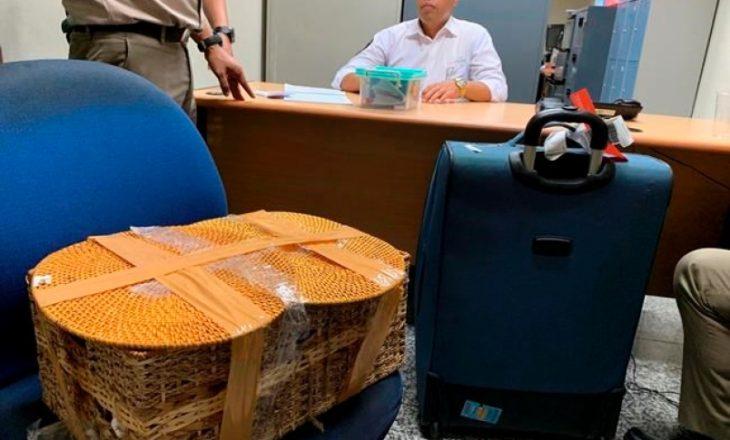 Arrestohet në mes të aeroportit 27-vjeçari, e pabesueshme se çfarë kishte në valixhe