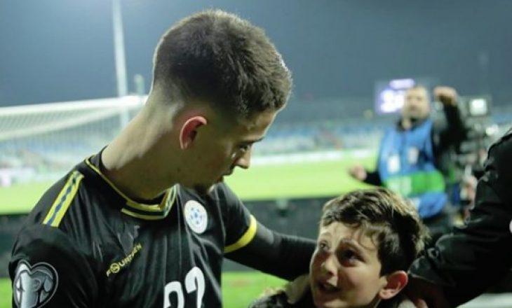 Ky moment i Zhegrovës me tifozin kosovar iu ka shpëtuar