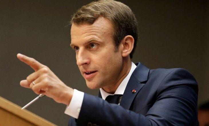 """Presidenti francez premton ulje të taksave për të ndalur """"jelekët e verdhë"""""""