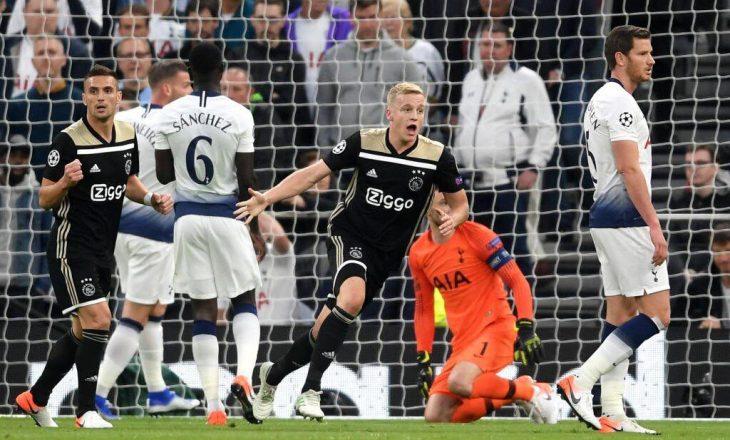 Aksioni briliant i Ajaxit i cili përfundoi me gol