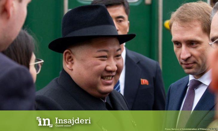 Kim Jong Un arriti në Rusi