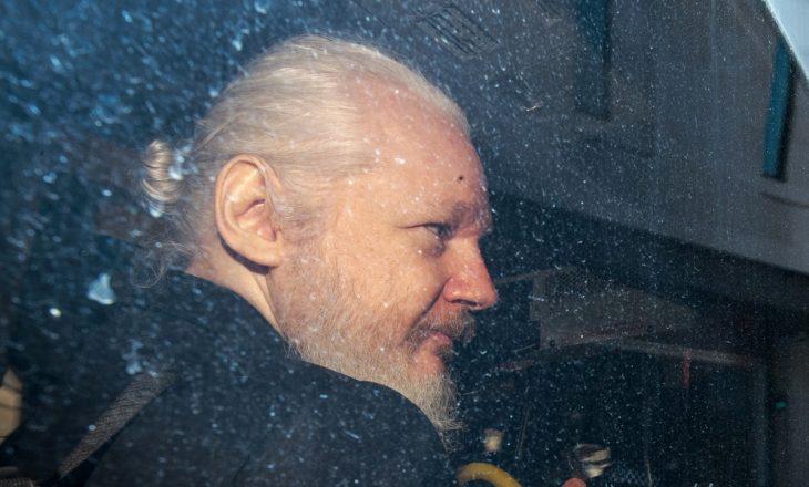 Hakerët hakmerren për Assange, 40 milionë sulme kibernetike në Ekuador