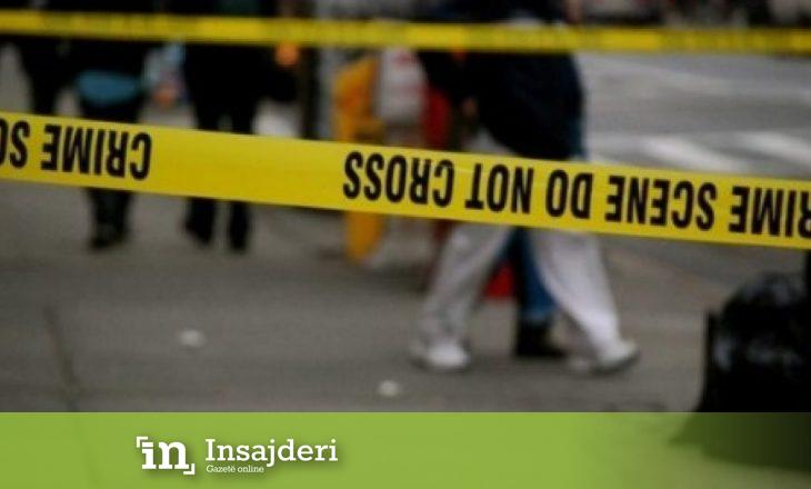 Një i mitur plagos veten me pistoletë