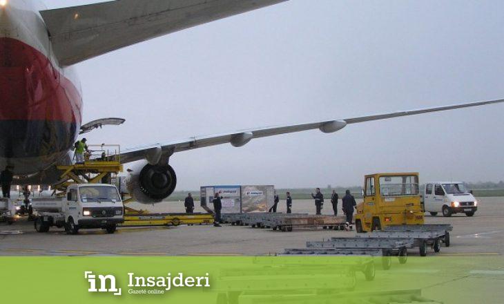 Aeroplani i Qeverisë gjermane bllokon pistën në aeroport