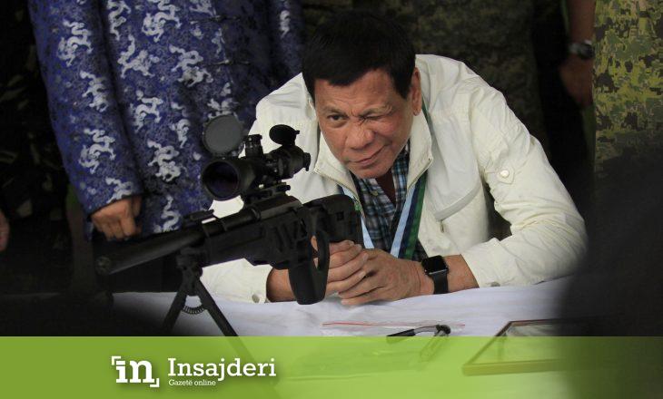 Presidenti i Filipineve i vendos ultimatum Kandasë: Largoni mbeturinat ose do iu shpallim luftë