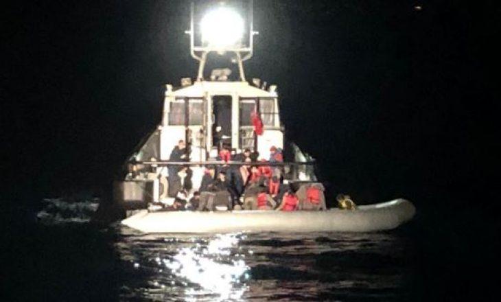 Forca Detare Shqiptare shpëton  50 emigrantë