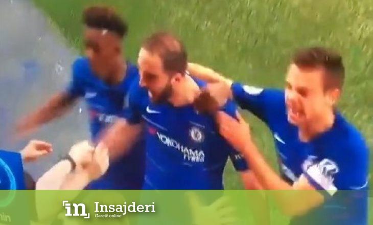 Higuain bëhet 'horë' me festimin pas golit