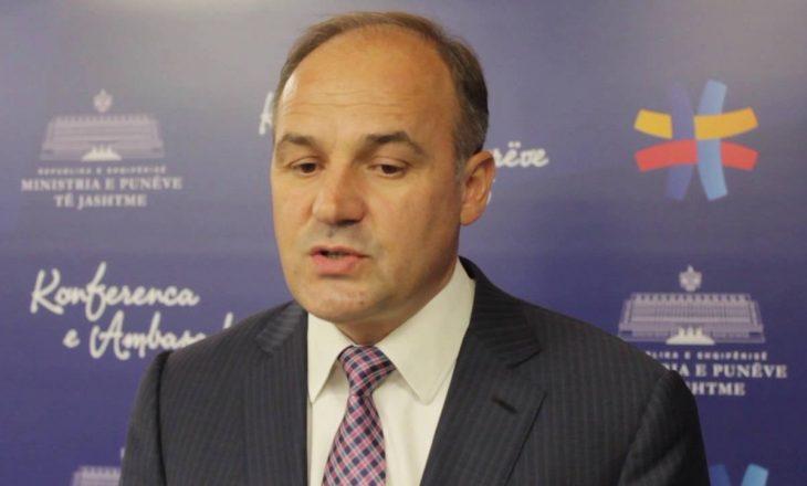 Zv/kryeministri paralajmëron qytetarët që po ikin nga Kosova: Në Evropë nuk ka paga siç ju i prisni