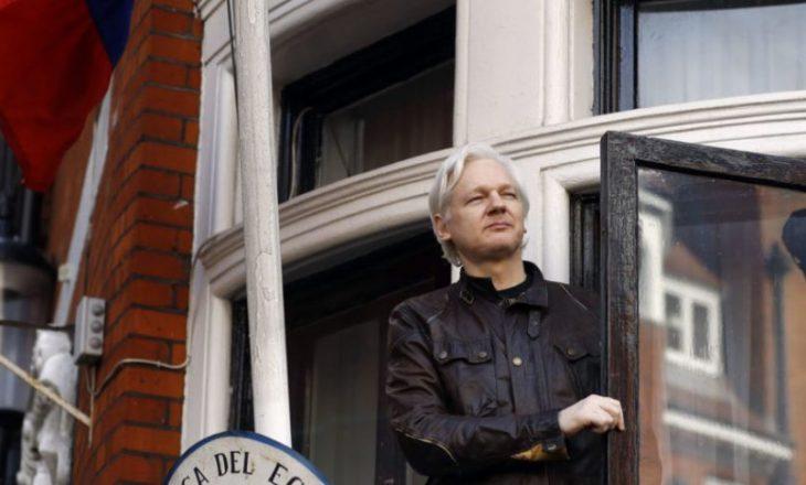 Suedia ndërpret hetimet kundër Julian Assange