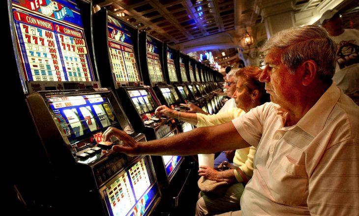 Shteti mbylli 140 lokale të licencuara të lojërave të fatit, amnistoi ato të paligjshmet